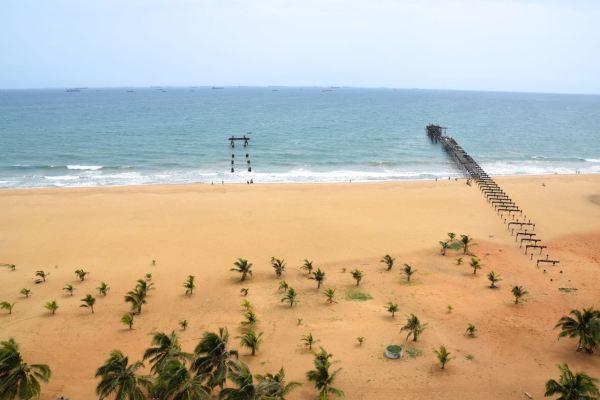 hotel-palm-beach-view-sea