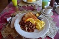 marshall-islands-resort-meal