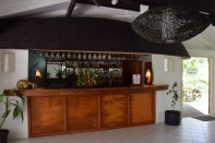 lomani-island-resort-bar