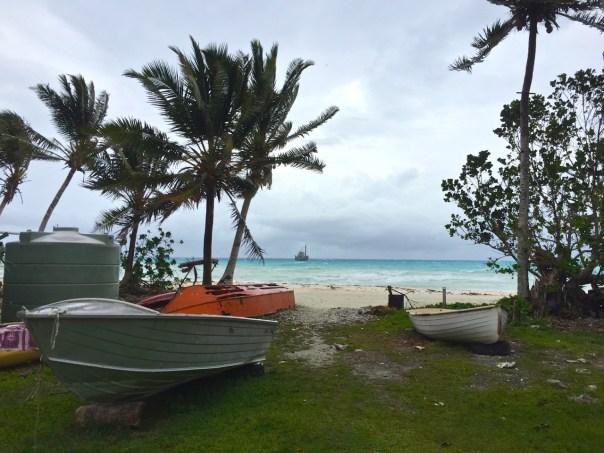 tuvalu-boats