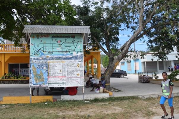 vanuatu-santo-tour-luganville-sign