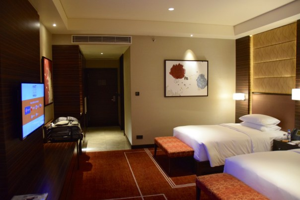 hyatt-city-of-dreams-room-hall