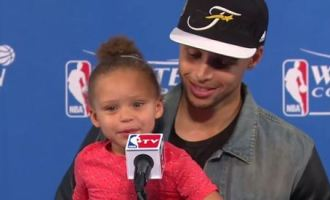 rileyCurry_Feat