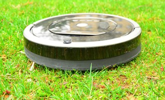 Roomba-lawn