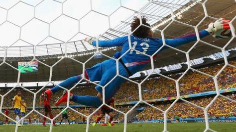 Image result for memo ochoa brazil