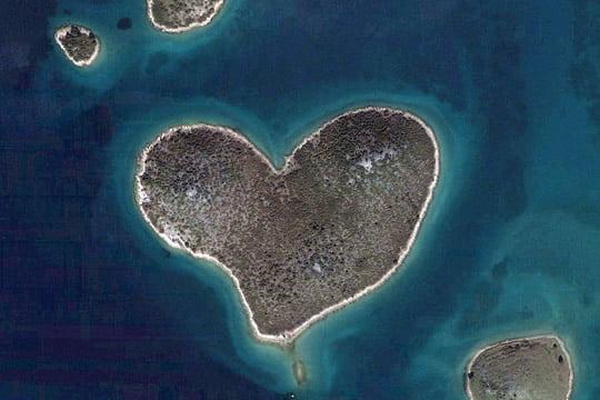 Heart-shaped Galesnjak Island