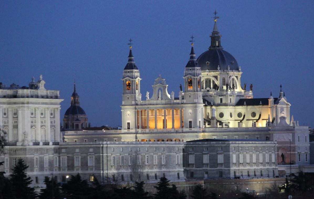 Catedral de la Almudena, Madrid - by M.Peinado:Flickr
