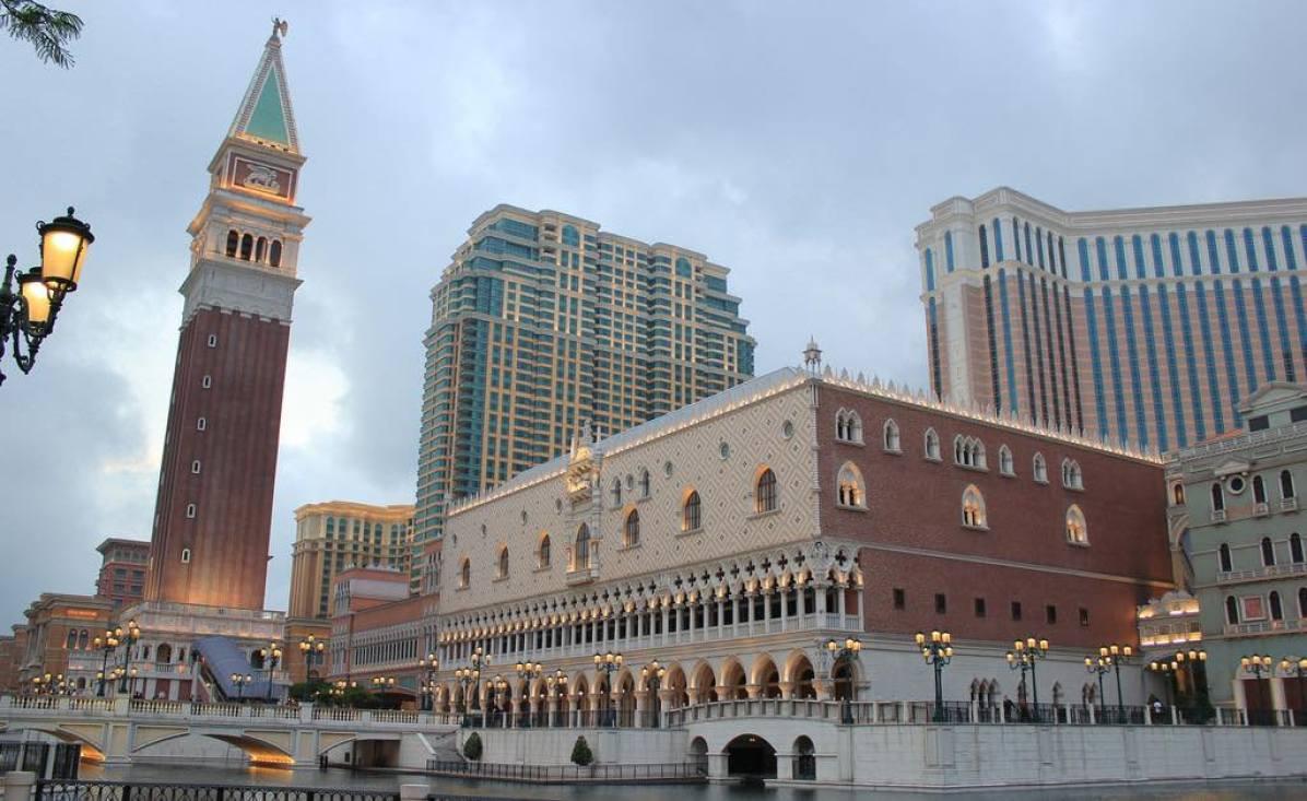 Venetian Macau - by Sjors Provoost/Flickr