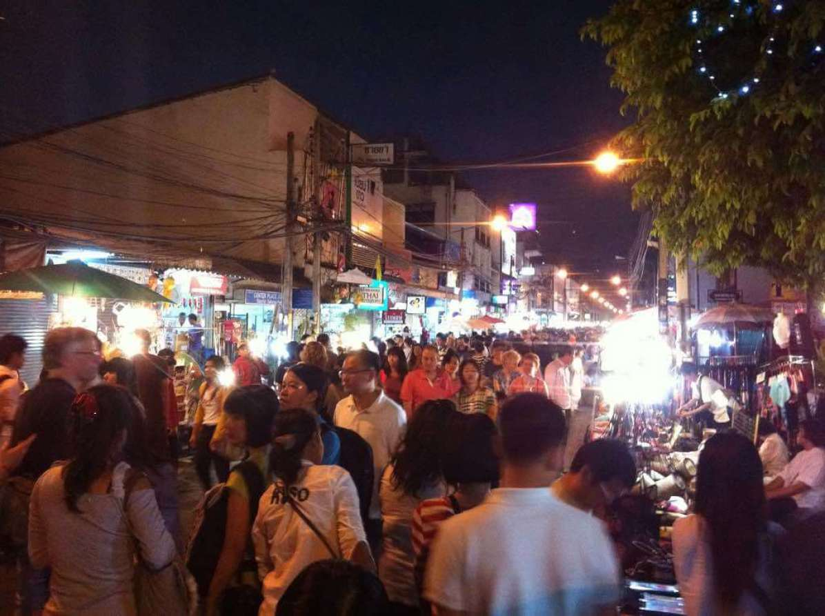 Chiang Mai Night Bazaar - by Denis LeBlanc - aporisme:Flickr