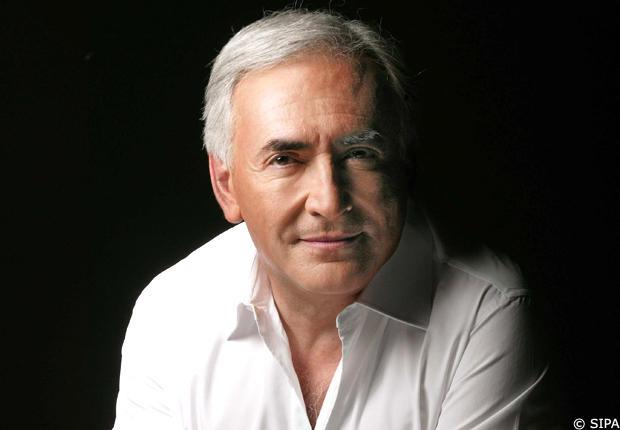 Signature analysis of former IMF chief Dominique Strauss Kahn