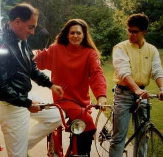 Sonia Gandhi with husband Rajiv and son Rahul