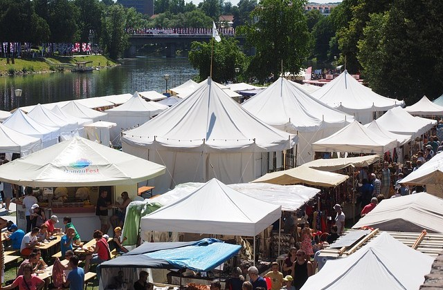 Sell Your Books At Art Fairs! By Kimberly Carlson