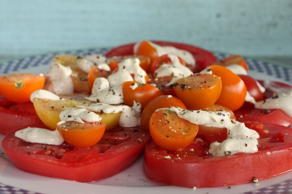 recipe for fresh tomatoes with easy tahini dressing | writes4food.com