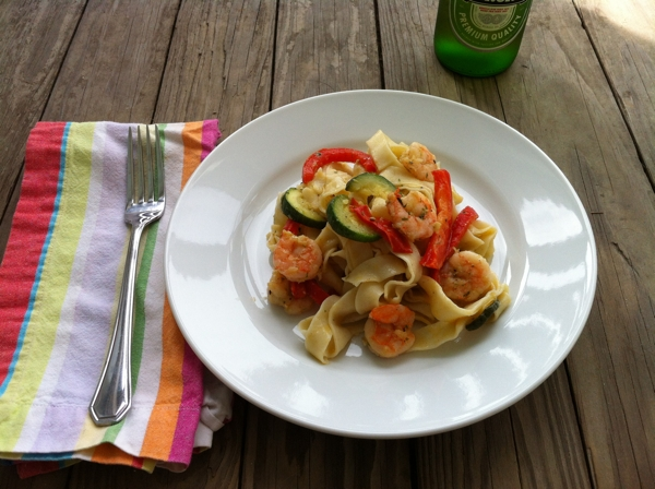 Recipe for Pasta with Shrimp, Zucchini and Peppers #writes4food