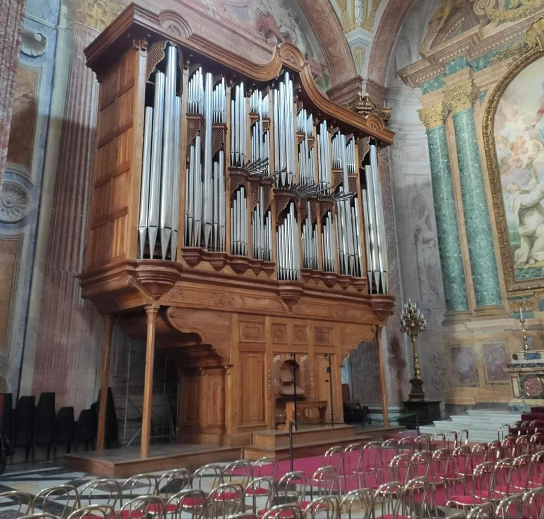 Photo of This organ in a church in Rome