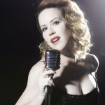 Reinventing Molly Ringwald with the Great American Songbook