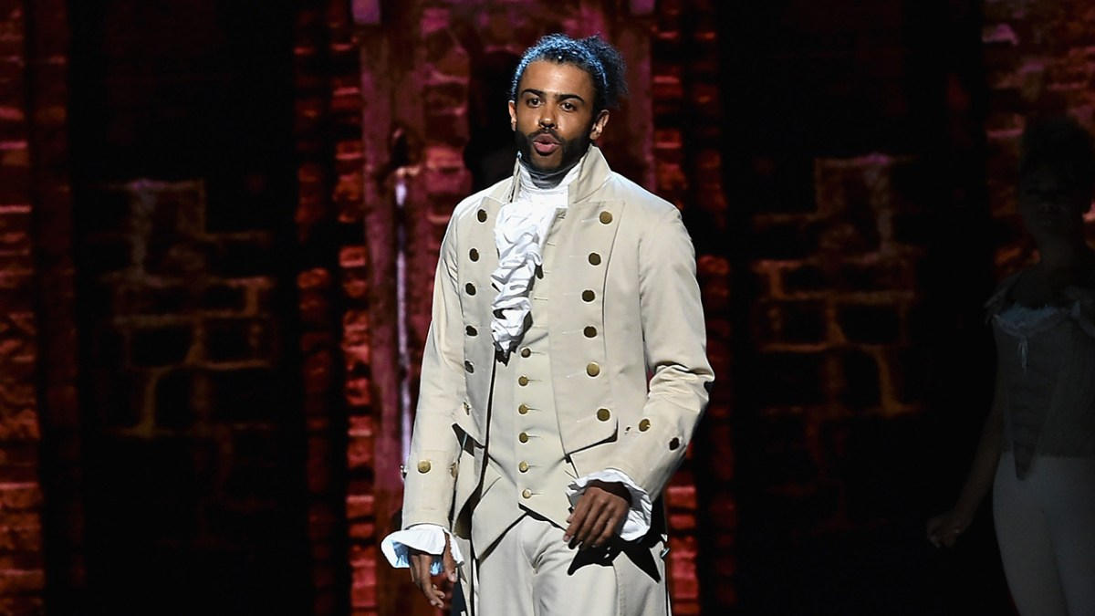 Two More 'Hamilton' Principals Leave; Chicago Cast Revealed