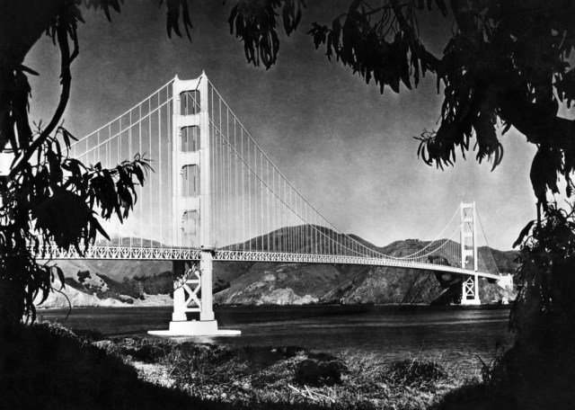 Picture dated 1950's of the Golden Gate bridge, in the San Francisco Bay.