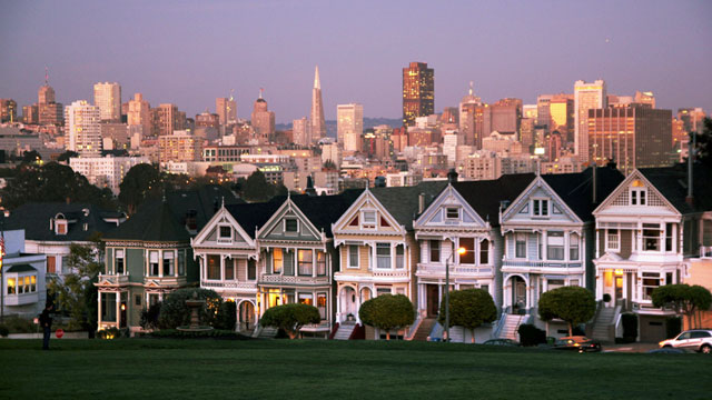 A beautiful view of San Francisco's iconic painted ladies with the downtown skyline in the background. (art-dara/Flickr)