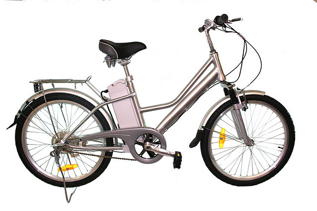 Electric bike (selftrading / Flickr)