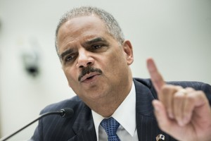 FILE PHOTO: Eric Holder in 2013 (BRENDAN SMIALOWSKI/AFP/Getty Images)