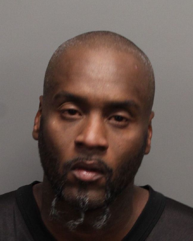 Booking photo of Robert Asberry from 2010 arrest in Nevada. (MugshotsCatalog.com)
