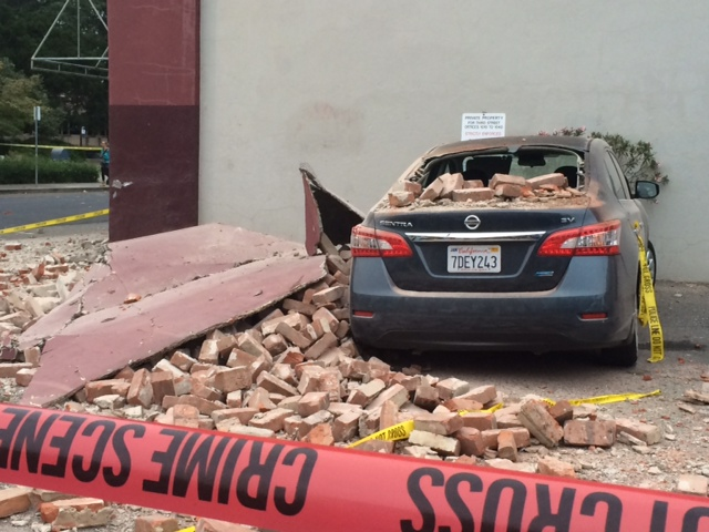 Damaged vehicle near 3rd Street in Napa. (Mina Kim/KQED)