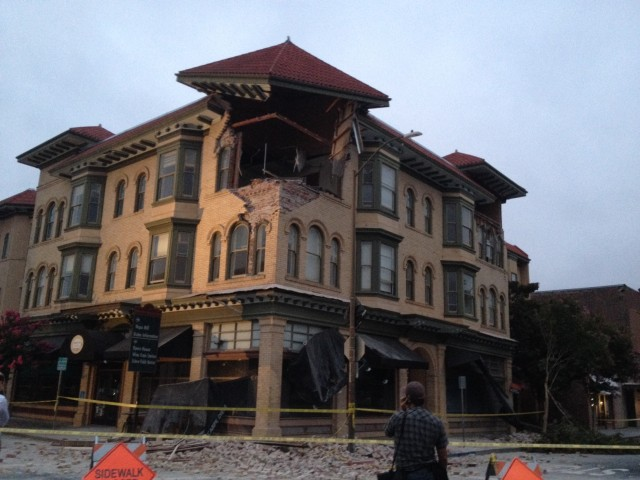 Damaged office building at Second and Brown streets in downtown Napa. (Craig Miller/KQED)