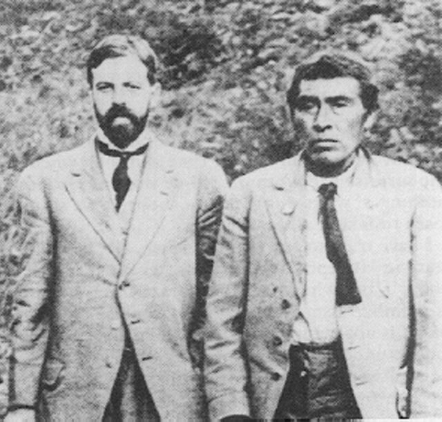 Ishi with cultural anthropologist Alfred Kroeber in 1911.