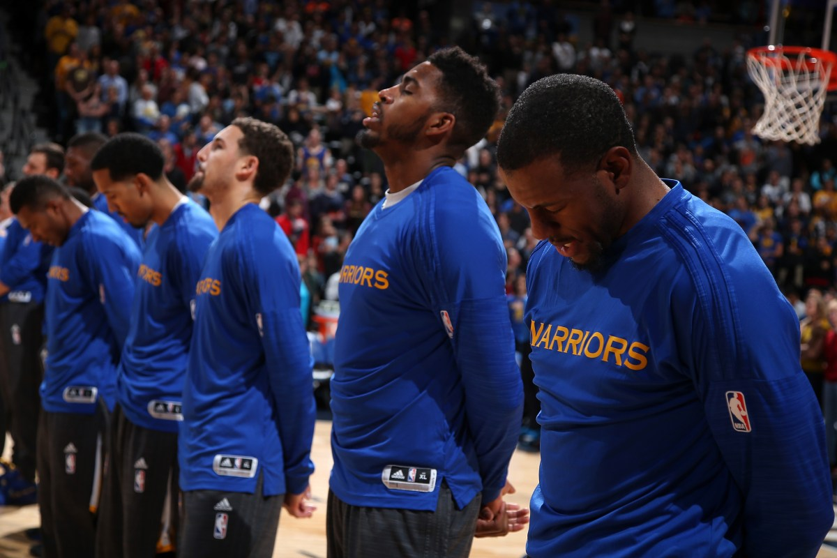 Warriors on Brink of History with 15-0 Start, Welcome Lakers Next