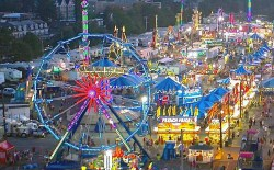 http://www.newstimes.com/local/article/Annual-carnival-kicks-off-at-Danbury-Fair-mall-7942885.php