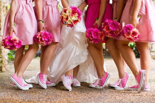 Kết quả hình ảnh cho converse and wedding dress