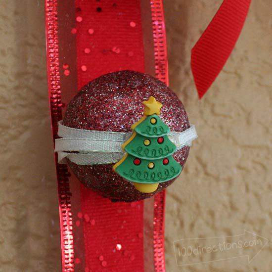 Christmas wall hanging Christmas Tree button close-up