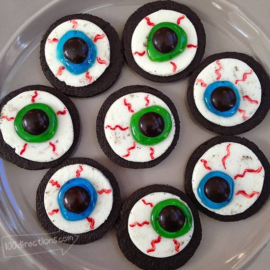 A whole plate of OREO Eyeball DIY treats