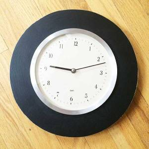 Finished updated wood clock with Chalk Paint