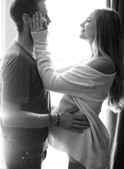 Lifestyle maternity photos in Venice by Erin Hearts Court ...