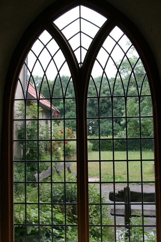 Fenster aus Kreuzgang Malgarten IMG_3219