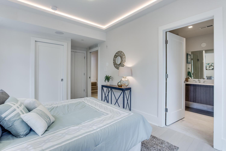 1001 Monroe St NW 1 Washington-large-041-30-Master Bedroom-1500x1000-72dpi