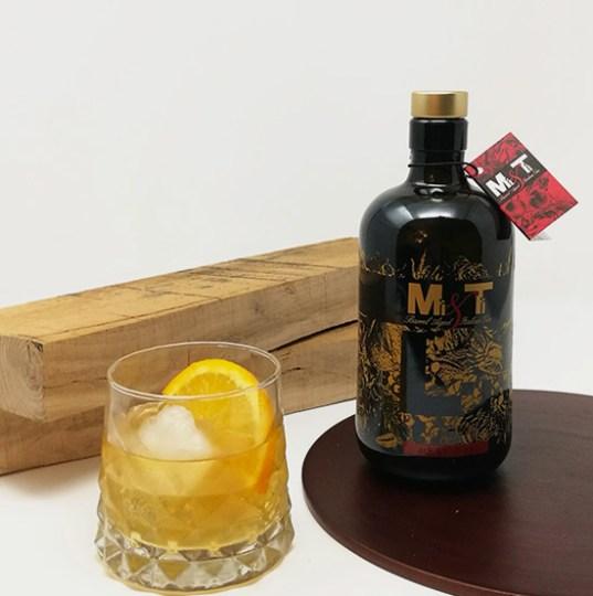 03-gin-lo-barrel-aged-gin