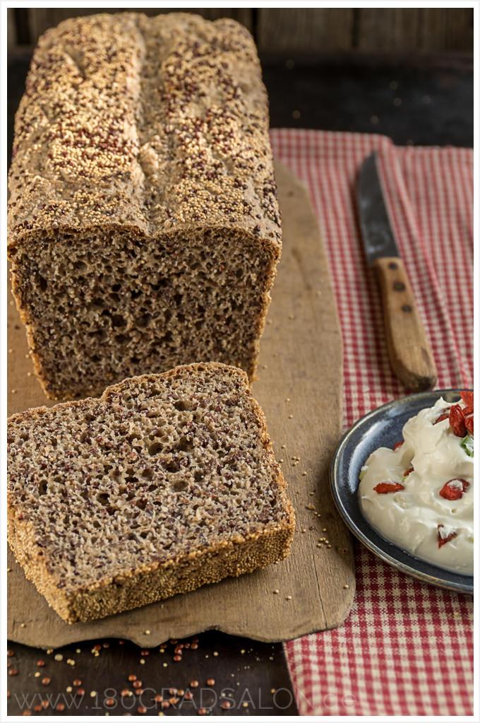 Superfood Brot mit Quinoa und Amaranth {inkl. Thermomix Rezept}