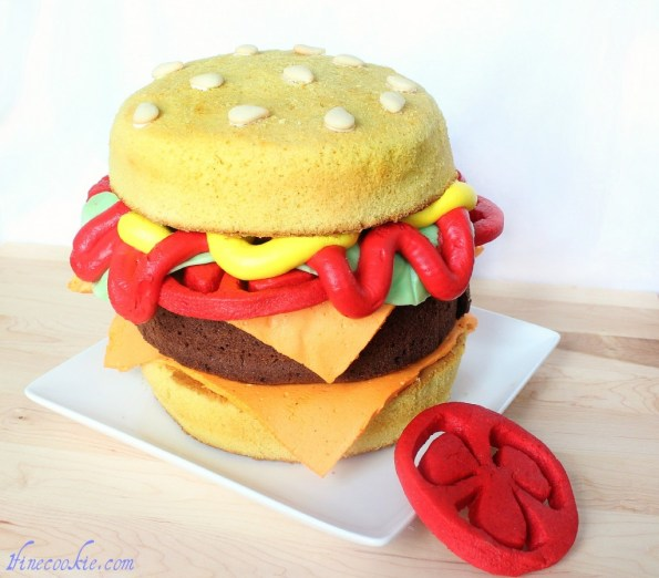 Cheeseburger Cake 2 hamburger