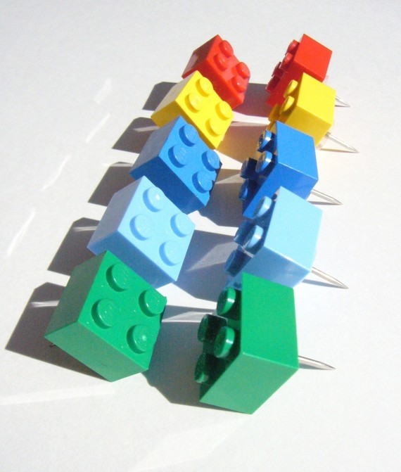 LEGO brick thumb tacks