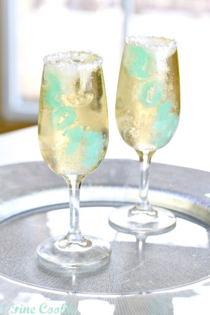 champagne jello shots by 1 Fine Cookie