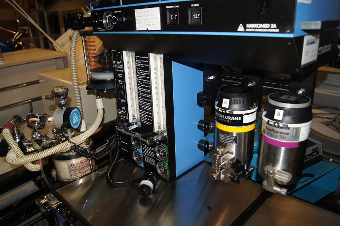 Narcomed 2c Anesthesia Machines For Sale With Vaporizers