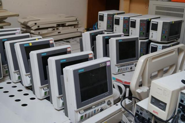 Used patient monitors for sale - these are Marquette Eagle 4000 monitors