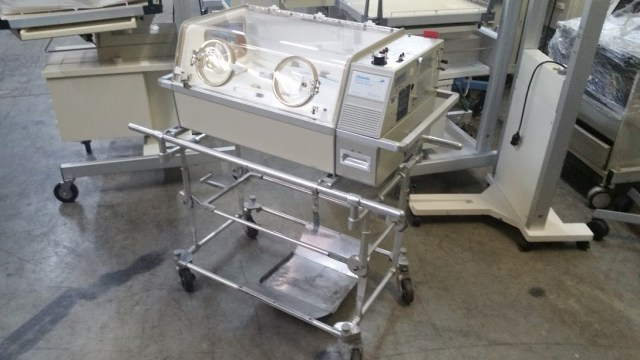 Ohmeda Air Vac Infant Transport Incubator for sale