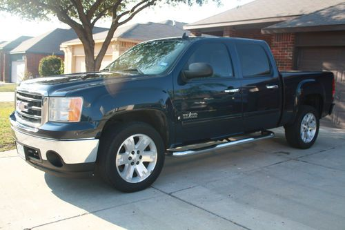 Sell used 2007 GMC Sierra SLE Texas Edition in Laredo  Texas  United     2007 GMC Sierra SLE Texas Edition