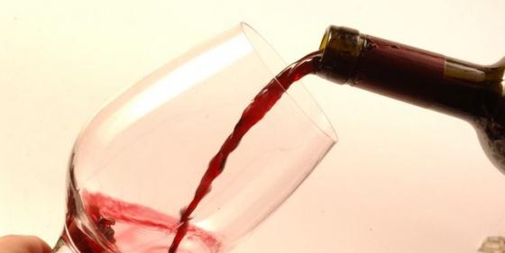 vino-alcohol-copa-tomar_MUJIMA20110224_0057_24