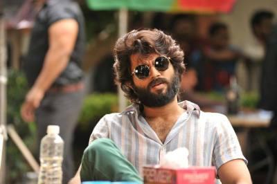 Vijay Devarakonda Latest Photos | Arjun Reddy Movie Stylish ULTRA HD Stills Images | 25CineFrames