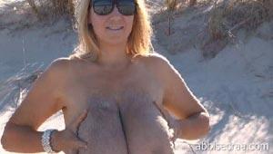 abbi secraa no shirt